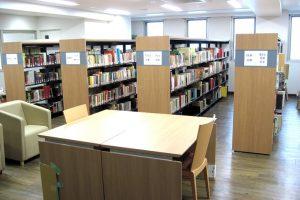 圖書閱讀室