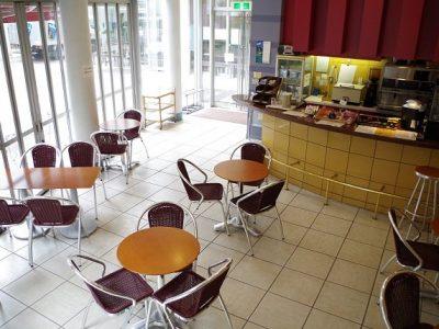 校舍內咖啡廳