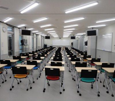 大教室內部